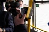 В Мариуполе теперь можно оплачивать поездку в общественном транспорте с помощью бесконтактной оплаты